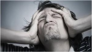 Depression bei Männern: Arbeit, Alkohol und Wutausbrüche