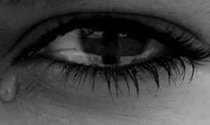 Narben in der Seele und im Gehirn: Gewalterfahrungen in der Kindheit wirken sich auf Gehirnstrukturen aus.