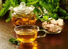 Tee: Vom Durstlöscher zum Heilmittel