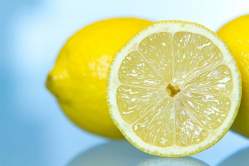Abnehmen in einer Woche durch die Zitronen-Diät?