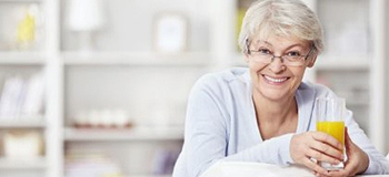 So verbessern Senioren ihre Nahrungsaufnahme