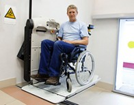 Rollstuhllifte: Das ist vor dem Einbau zu beachten
